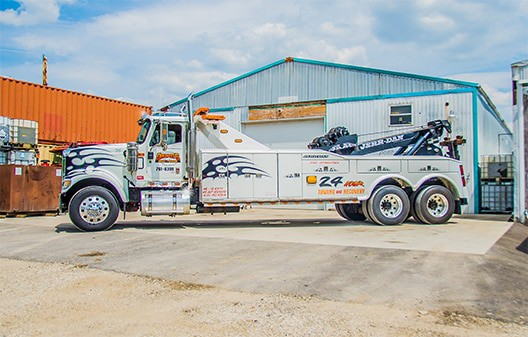 Towing-Services-in-Batavia-Dazzos-Towing